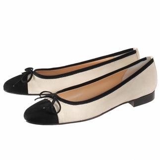 Die Nubuk-Ballerinas - eine besonders feine Art, flache Schuhe zu tragen. Dazu noch sehr bequem und schick. In feinster Sacchetto-Machart gefertigt. Vom Spezialisten Casanova aus Mailand, seit 1949.