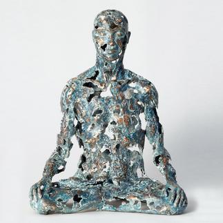 """Sukhi Barber: """"Thaw"""" Sukhi Barbers neueste Unikatserie. (Ihre letzte war nach wenigen Wochen ausverkauft.) 16 Bronze-Skulpturen."""