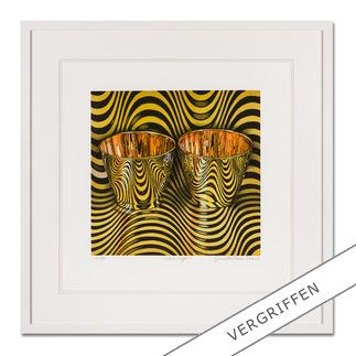 """Pasin Sloan: """"wave cups II"""" Pasin Sloans berühmte """"Lichtspiel-Bilder"""". Ausgestellt in Museen. Und jetzt als limitierte Lithografie bei Ihnen zu Hause. Ihre neueste Edition. 30 Exemplare."""