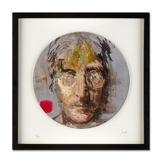 "Oliver Jordan – John Lennon Oliver Jordans Schallplatten-Edition ""John Lennon"". Handübermalt – jedes der 60 Exemplare ein Unikat. Maße: gerahmt 42,5 x 42,5 cm"