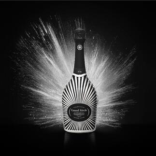 Champagne Laurent Perrier Grand Siecle in Robe, Frankreich Der Champagner im strahlenden Festgewand: Grand Siècle rekonstruiert den perfekten Jahrgang.