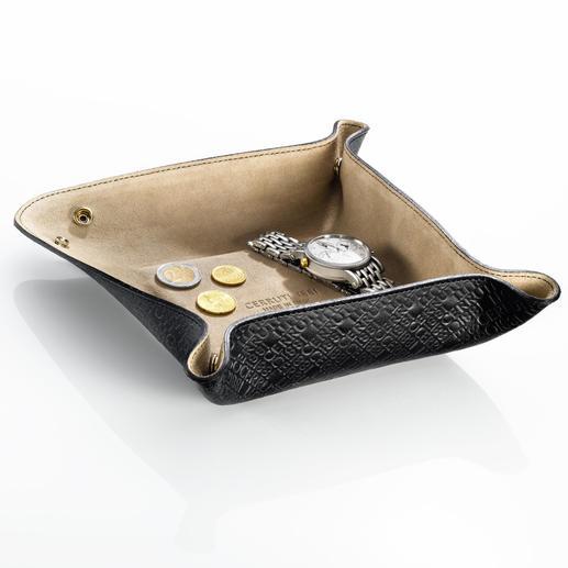 Tray, Cerruti 1881 - Von Cerruti 1881: stilvolle und sichere Ablage aus feinstem Leder. Ideal auch auf Reisen.