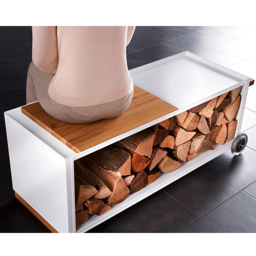 Mit der separat erhältlichen Eichenholz-Platte verwandeln Sie Ihren Wagen im Nu in eine Sitzbank – sogar mit Beistelltisch.
