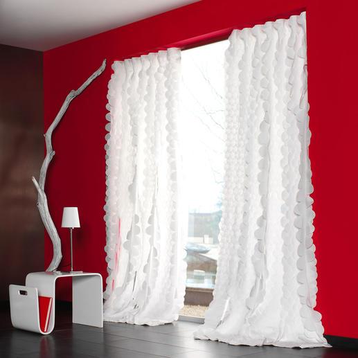 """Vorhang Rixa - 1 Stück So spektakulär kann pures Weiß sein. Das Highlight der neuen """"White Passion""""-Kollektion von JAB Anstoetz."""