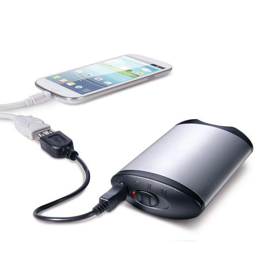 Der Hochleistungs-Akku liefert Energie für 3 Handy-Ladungen und versorgt Tablet-PCs mit Strom für ca. 5 Stunden Betrieb.