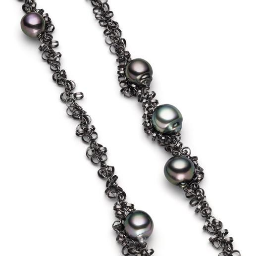 Tahiti-Zuchtperlen-Kette Die wohl modischste Art, Perlen zu tragen: Dunkle Tahiti-Zuchtperlen mit schwarz rhodiniertem Silber.