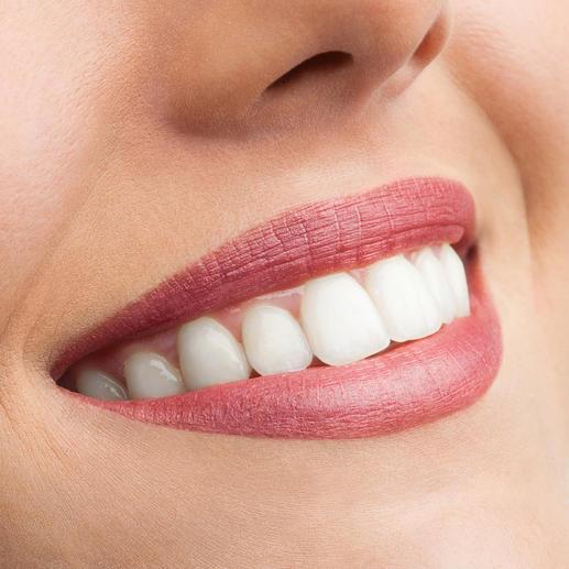 Perfekt: BeconfiDent® hellt die Zähne um bis zu 4 Nuancen auf.