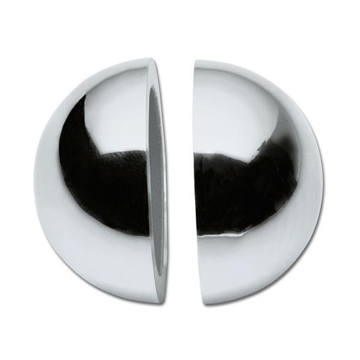 Durch beidseitige Magneten haften die beiden Kugelhälften perfekt.