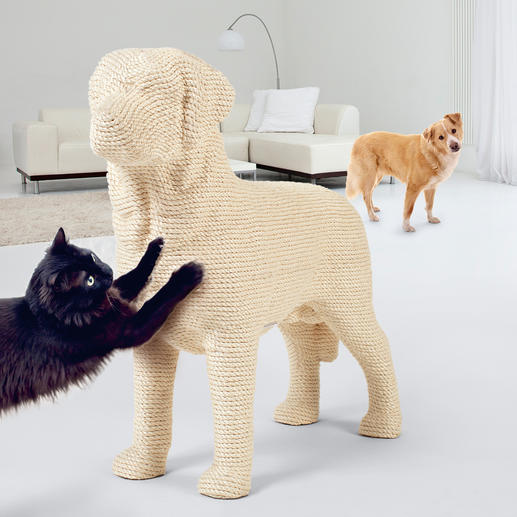 """Design-Kratzbaum """"Hund"""" - Kratzbaum? Außergewöhnliches Deko-Objekt? Dieser Labrador ist beides."""