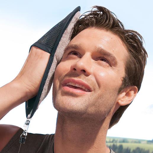 Sweatpaw Sporthandschuh - Ein Griff, ein Wisch – und kein Schweiß läuft ins Auge. Geniales Schweißtuch in praktischer Handschuh-Form.