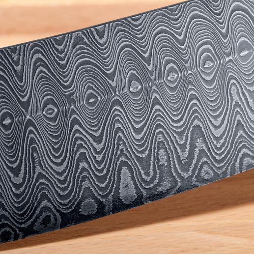 200 Lagen Carbonstahl – optisch attraktiv und von großer Wertigkeit.