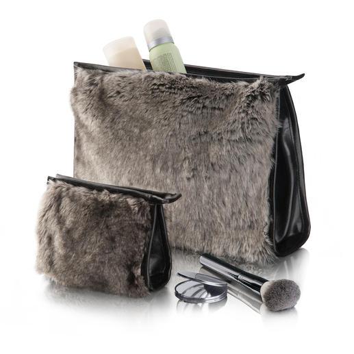 Kosmetiktasche oder Make-up-Tasche Timberwolf - Schmeichelnd, schick – und viel femininer als die meisten. Mit edlem Kunstpelz von WINTER CREATION/Schweiz.
