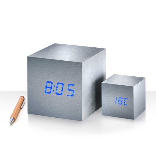 Mini Cube Ein Fingerschnipp – und Uhrzeit, Datum, Temperatur erscheinen wie hervorgezaubert.