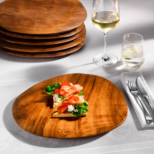 Teakholz-Teller - Ein Blickfang auf Ihrer Tafel, Ihrem Buffet: edle Teller aus massivem Teakholz.