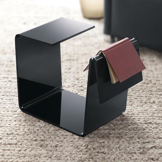 Kopfüber gedreht: ein genialer Tabletttisch. Die seitliche Buchablage hält Ihre Lektüre wie ein Lesezeichen schonend aufgeschlagen.