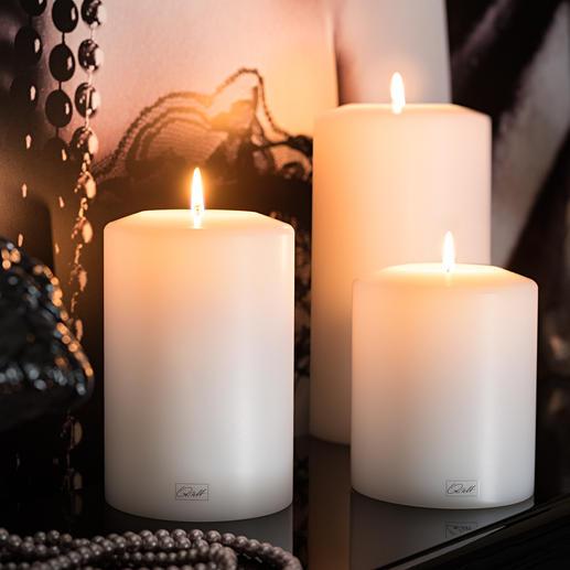 Farluce-Dauerkerze Täuschend echter Kerzen-Korpus mit Maxi-Teelicht-Einsatz. Für drinnen und draußen.