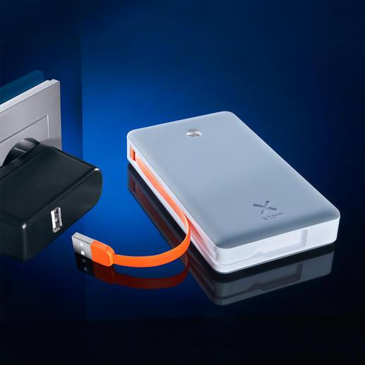 Xtorm Powerbank Free 15.0000 mAh Kapazität. Lädt sogar 3 Geräte gleichzeitig – mit bis zu 3 Ampere Leistung.