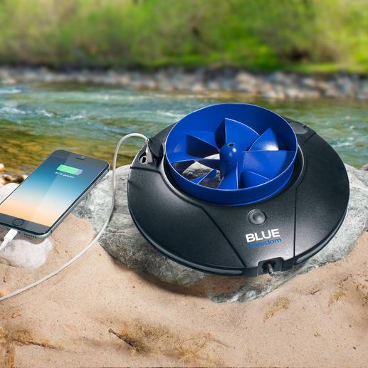 """Wasserkraftwerk Blue Freedom - Der mobile Stromerzeuger im Taschenformat. Ausgezeichnet mit dem """"German Design Award"""" 2016."""