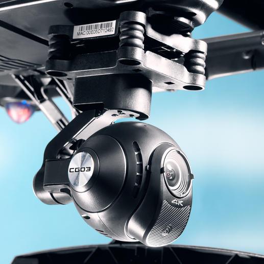 Die frei bewegliche Kamera schießt hochauflösende Fotos (12,4 MP) und Videos (UHD 4 K).