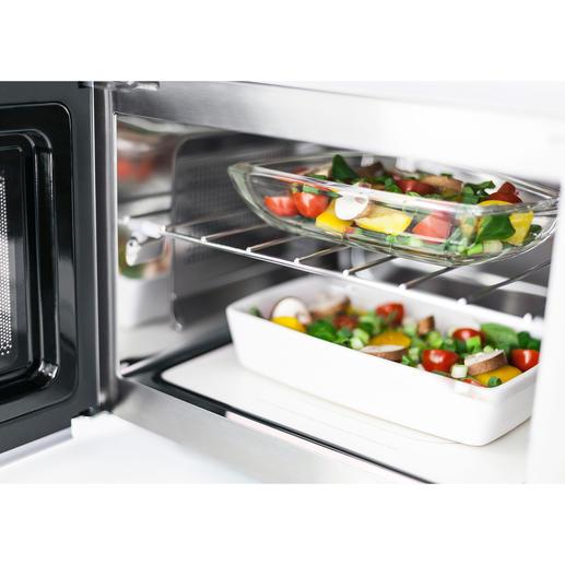Durch das praktische Einschubrost können im Mikrowellenmodus zwei Teller gleichzeitig erhitzt werden.