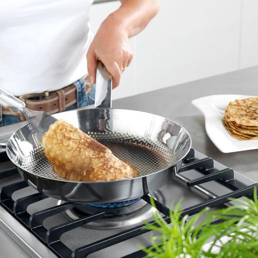 Selbst empfindliche Speisen, wie Pfannkuchen oder Omeletts, gelingen perfekt.