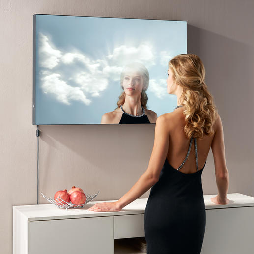"""Spiegel """"Wolkenblick"""" - Die lebendige 3D-Überblendung von Spiegelbild, Licht und Wolkenbildern."""
