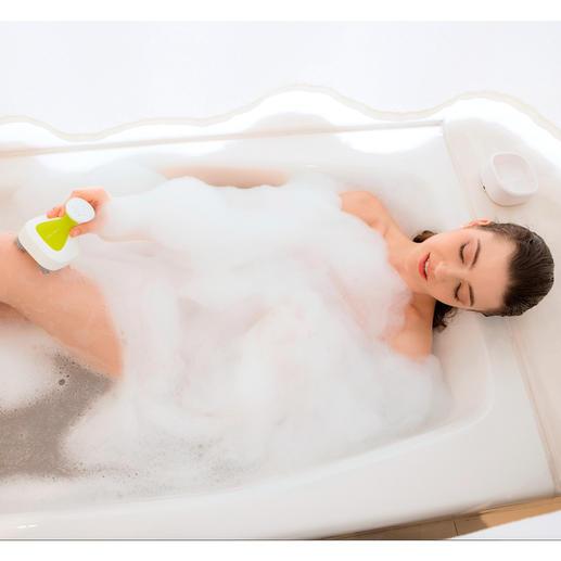 Dank des wasserdichten Gehäuses können Sie das Gerät auch in der Badewanne nutzen.