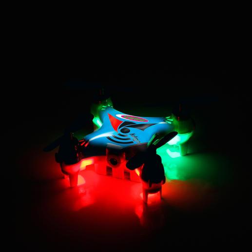 Mit 4 LED Leuchten ausgestattet – ideal auch für Nachtflüge.