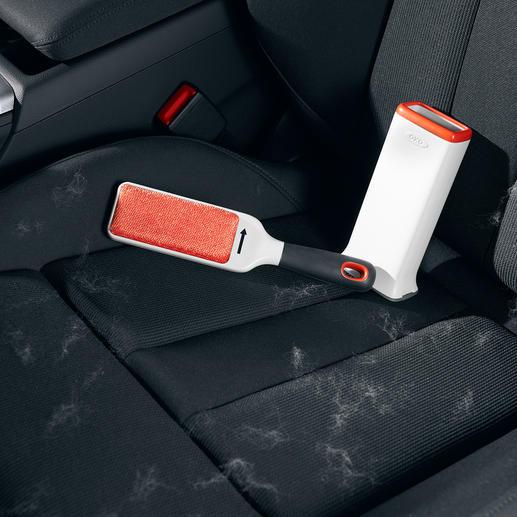 Mit der FurLifter™ entfernen sie Tierhaare und Fussel schnell und einfach aus dem Auto.