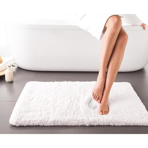 Wolkenweich-Badteppich - Zusätzlich zum 2 cm hohen Flor aus Baumwollfasern hat der weiche Teppich eine 1,5 cm dicke Einlage aus visco-elastischem Schaumstoff.