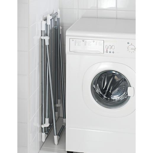 Flach zusammengeklappt misst der Wäscheständer gerade mal 15 cm B und lässt sich so gut verstauen.
