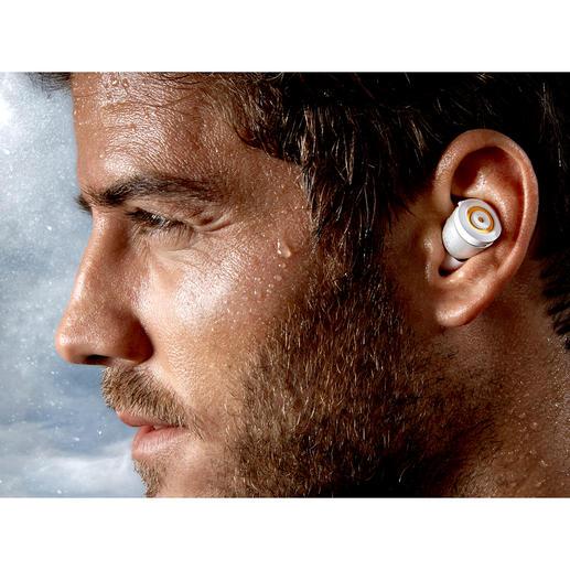 Perfekt beim Sport: Weder Schweiß noch Regen können den Ohrhörern schaden.
