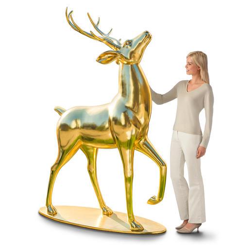 Goldglänzender Hirsch Der imposante König des Waldes – in majestätischem Goldglanz.