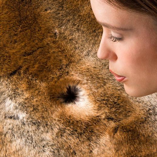 Früher wurde durch leichtes Anpusten die Echtheit der Pelze überprüft.
