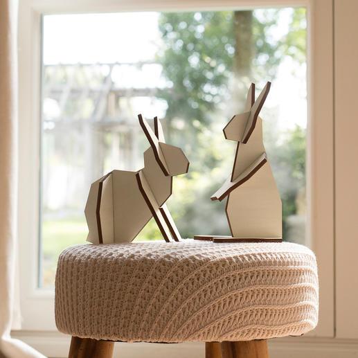 Holzhasen-Duo - Modernes Design statt Osterkitsch: Selten waren Holz-Hasen so markant.