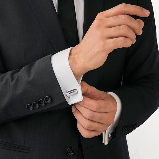 FaltBar Manschettenknöpfe Ein kurzer Dreh – schon wird aus dem smarten Riegel ein markanter Manschettenknopf.