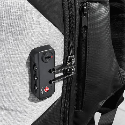 Sicher verriegelt: Einfach den Reißverschluss-Zipper in das TSA-Schloss klemmen.