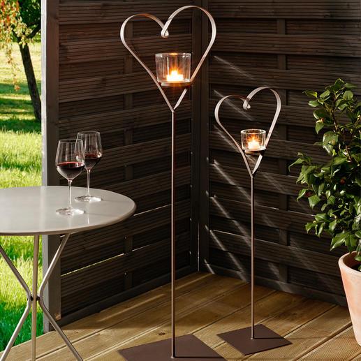 Windlicht-Herzen, 2er-Set - Die wohl schönste Art, Herz zu zeigen: die Windlicht-Ständer aus handgefertigtem Metall.