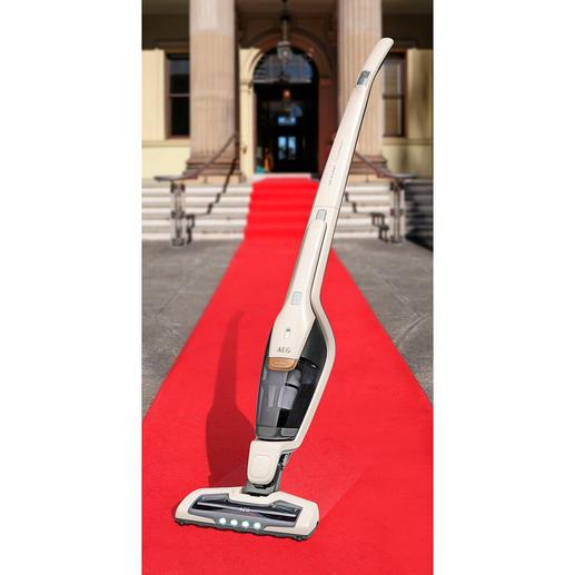 2-in-1 Akkusauger Ergorapido® X Flexibility - Jetzt noch besser: 45 Minuten kabelloser Dauerbetrieb (statt oft nur 15 Min.) und Spezialdüse mit UV-Licht.