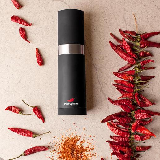 Microplane® Chilimühle - Die bessere Chilimühle: schneidet bei jedem Dreh die gleiche Menge. Hauchfein.