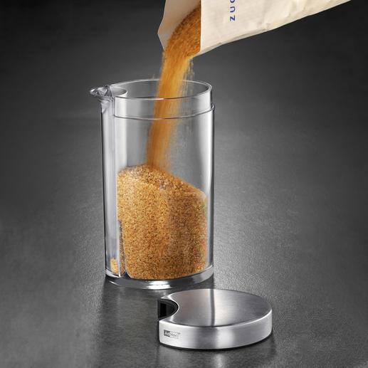 Durch die große Öffnung (ca. 5 cm Ø) besonders leicht zu befüllen.