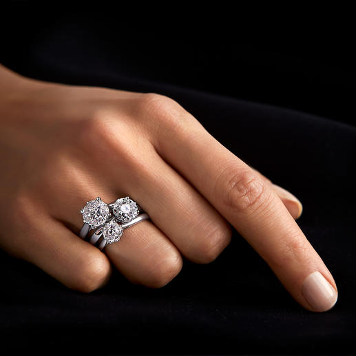 Diamantring, -Ohrstecker oder -Kette Illusion-Setting