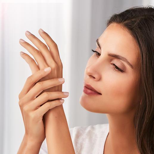 Wertvolle Wirkstoffe spenden Ihren Händen wohltuende Pflege.