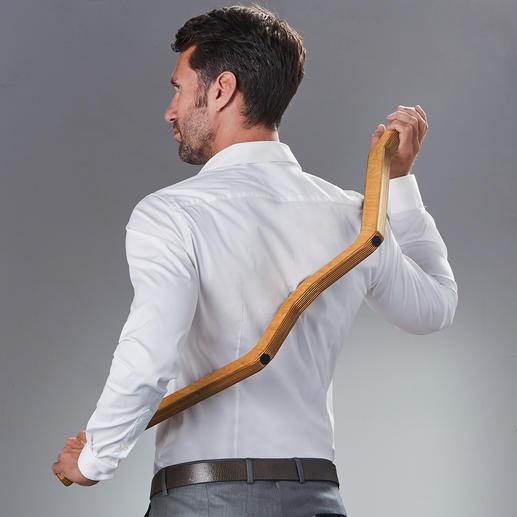 Durch die drehbar gelagerte Massagekugel führen Sie den TriggerBow® komfortabel an die zu massierenden Stellen.