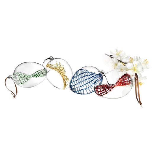 Glasnetz-Ostereier, 4er-Set Außen schlichtes Klarglas. Innen mit kunstvoll handgefertigtem Glasnetz.