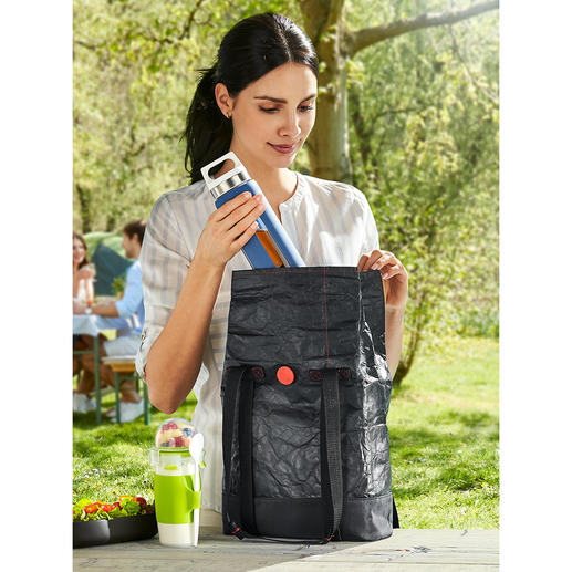 2-in-1-Lunchbag Die geniale 2-in-1-Lunchbag: außen stylish. Innen isoliert.
