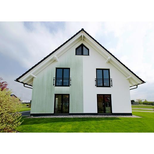 Ihre Bodenplatten, Fassaden, Gartenelemente aus Stein,... erhalten eine wasser- und schmutzabweisende Beschichtung und wirken anhaltend gepflegt.