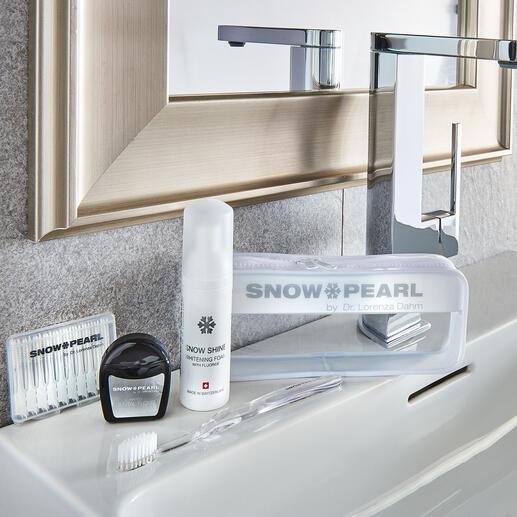 SnowPearl Pflege- und Bleaching-Kit, 5-teilig (50 ml-Spender) Schweizer Qualität von Snow Pearl by Dr. Lorenza Dahm, Spezialistin für Zahnästhetik und -pflege.