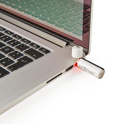 Einfach am USB-Port aufladbar – ohne Ladegerät, ohne Kabel.
