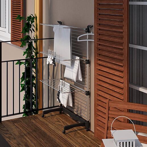 FlexiblerTurmwäscheständer Der flexible Wäscheständer: bis zu 40 m (!) Wäscheleine. Oder platzparend zur Hälfte eingeklappt. Inklusive Fußgestell.